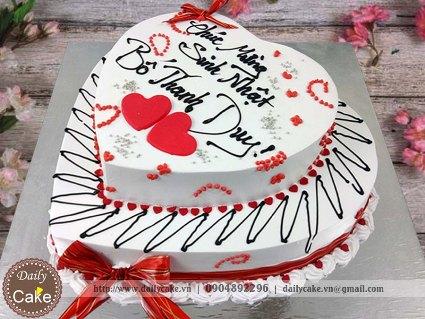 Bánh hai tầng hình tim sinh nhật chồng yêu