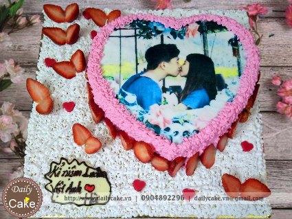 Bánh hình tim in ảnh kỷ niệm tình yêu 004