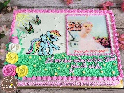 Bánh sinh nhật in ảnh bé gái 003
