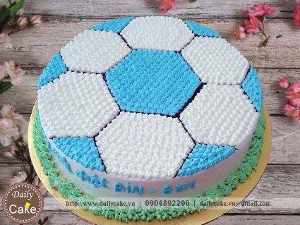 Bánh sinh nhật vẽ hình quả bóng đá