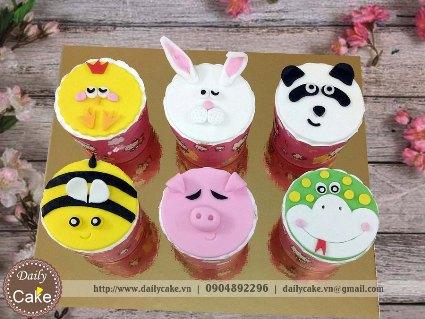 Bánh cupcake fondant cắt hình thú 2D 001