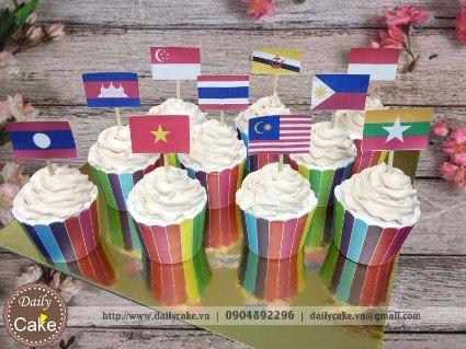 Bánh cupcake sinh nhật hình quốc kỳ các nước