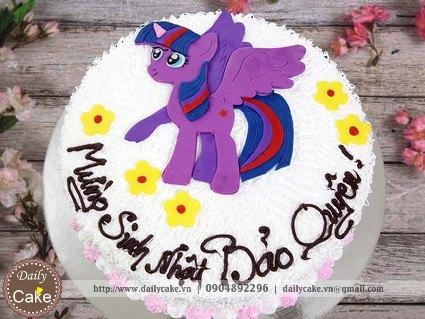 Bánh fondant sinh nhật tạo hình ngựa pony