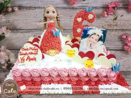Bánh sinh nhật búp bê chibi 011