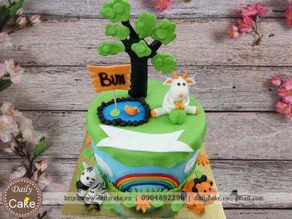 Bánh sinh nhật fondant chủ đề rừng xanh 001