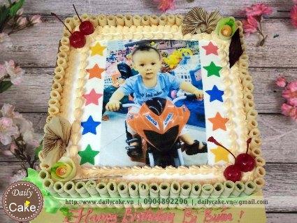 Bánh sinh nhật in ảnh bé trai 007